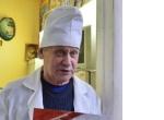 Именитый кировский ветеринарный врач рассказал о своей семье и работе.